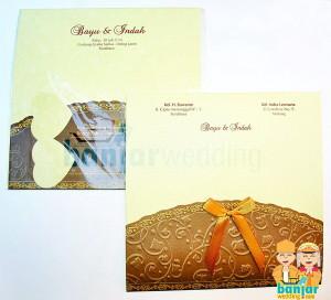 Undangan Pernikahan Ekslusif Batik Indonesia Coklat EBI-07C