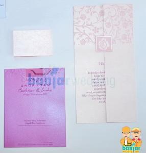 Undangan Pernikahan Ekslusif Batik Indonesia Pink EBI-08P