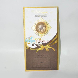 Undangan Gold Semi Hard Cover EB-88135