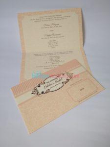 Undangan Pernikahan Pink Amplop EB88179